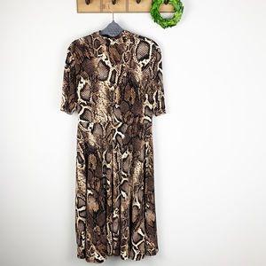 DONNA MORGAN Snake Print Dress